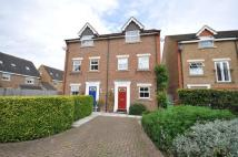 4 bed Town House to rent in Pembroke Avenue, Pinner...