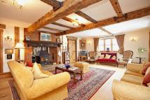 5 bed Detached home for sale in Bradden Lane...