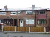 2 bedroom semi detached house to rent in Derek Avenue, Orford...