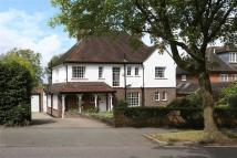 5 bed Detached home in College Road, London...