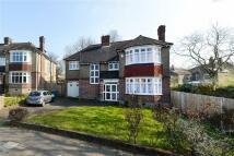 4 bed Detached home in Eastlands Crescent...