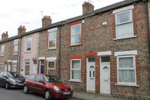 Terraced home to rent in Kitchener Street...