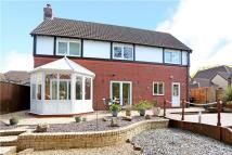 5 bed Detached home in Barry Place, Derry Hill...