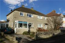 3 bed semi detached house in Birch Grove, Chippenham...