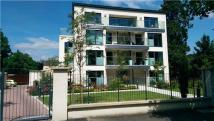 3 bed Flat in 79  Apt 4 The Park...