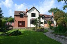 5 bed Detached property in Queenwood Grove...