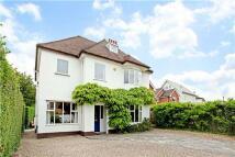4 bedroom Detached home in Cheltenham, GL51