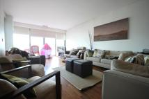 3 bed Flat for sale in Holmes Road...