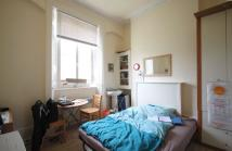 Flat to rent in Mornington Crescent...