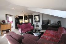 2 bedroom Flat to rent in Bridge Approach...