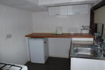 Wellpark Road Ground Flat to rent