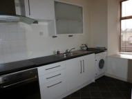 Maisonette to rent in North Harbour Street...