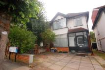 Taunton Avenue Detached house to rent