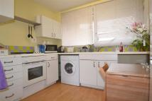 2 bedroom Apartment to rent in Arnal Crescent...