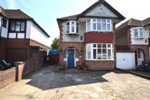 3 bed Detached property in Malden Way, New Malden