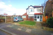 Camberley Avenue Detached property to rent