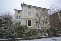 3 bedroom Maisonette in Lingfield Road...