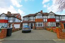 5 bedroom semi detached home to rent in West Barnes Lane, London
