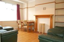 3 bed Terraced house to rent in Oxford Avenue...