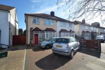 4 bedroom semi detached property in Grasmere Avenue...