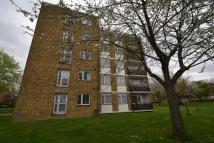 2 bedroom Apartment in Deeside Road, Wimbledon