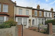 3 bed Apartment to rent in Kingston Road, Gff...