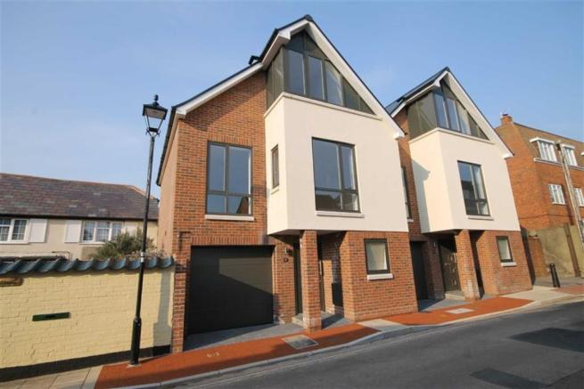 3 bedroom town house for sale in emsworth po10