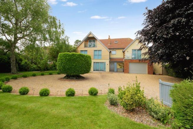 5 bedroom detached house for sale in bath road emsworth po10