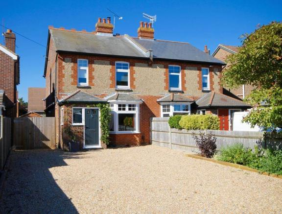 3 bedroom semi detached house for sale in emsworth po10