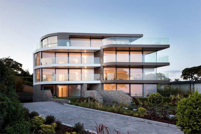 3 bedroom penthouse for sale in one shore road sandbanks poole dorset bh13. Black Bedroom Furniture Sets. Home Design Ideas
