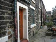 2 bedroom End of Terrace house in Booth Court, GLOSSOP...