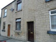 2 bedroom Terraced house in 27 Brosscroft, Hadfield...