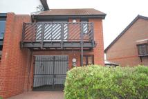 3 bedroom semi detached house to rent in Carbis Close...