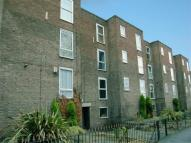2 bed Flat in Grassendale Court...