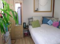 1 bedroom Studio apartment in Great South West Road...