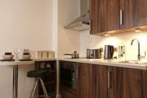 Studio apartment in King Square Studios...