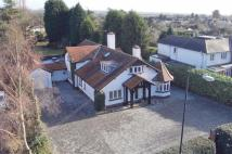 6 bed Detached house in Sutton Park Road...