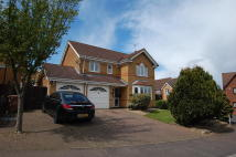 4 bed Detached property in Tewkesbury Close...