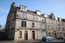 2 bed Apartment in South Street, Greenock