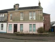 3 bed Ground Flat in 12 McNabb Street, Dollar...