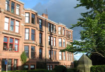2 bedroom Flat in 23 Kelvinside Gardens...