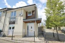 3 bed property in Haycombe Drive (PO1431)
