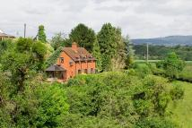 2 bedroom Detached house for sale in Rochford, Tenbury Wells...