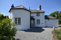 3 bed Detached home to rent in Ffordd Brynsiencyn...