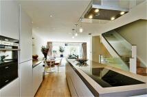 3 bed house in Brackley Terrace...