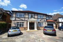 2 bed Flat to rent in Great West Road, Osterley