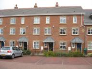 Town House to rent in Gatcombe Way, Priorslee