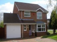 3 bedroom Detached home to rent in Swallowfield Close...
