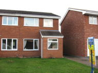3 bed semi detached house to rent in Mercia Drive, Leegomery...