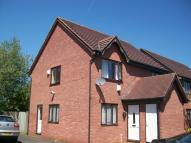 1 bedroom Ground Flat to rent in Guests Close, Donnington...